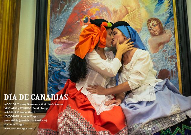 La portada de las falleras lesbianas crea un movimiento de visibilidad homosexual en fiestas regionales