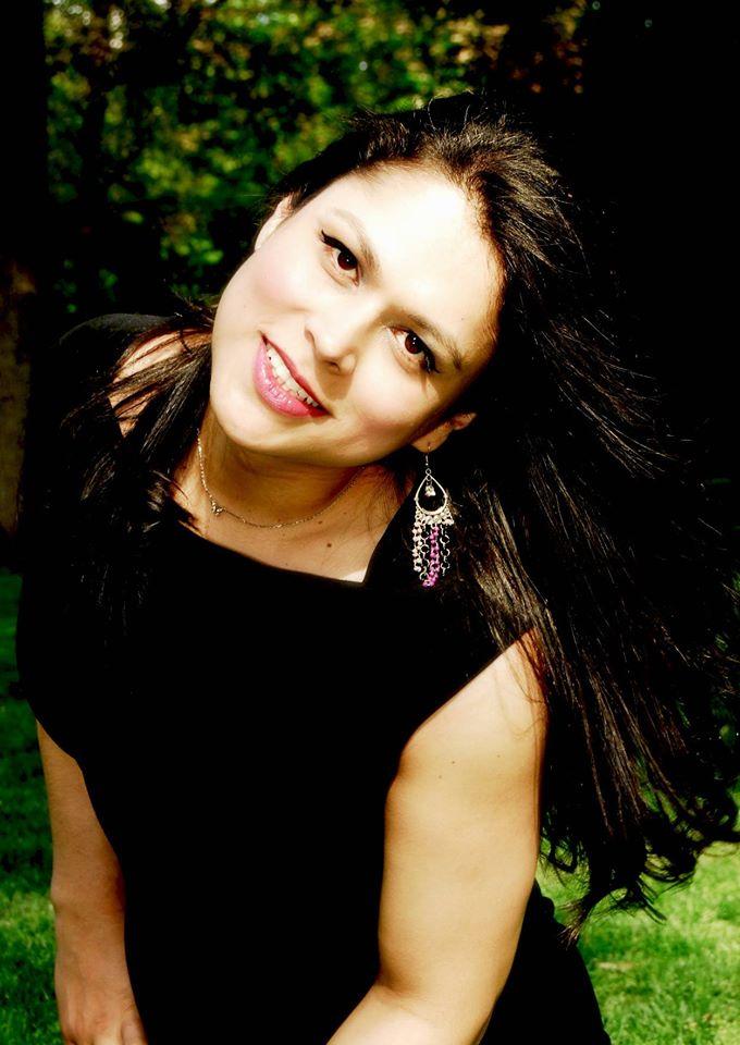 Ángela Flores, el género en sí mismo