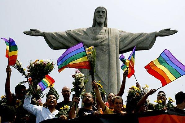 Epidemia de homofobia en Brasil: cada día es asesinada una persona homosexual