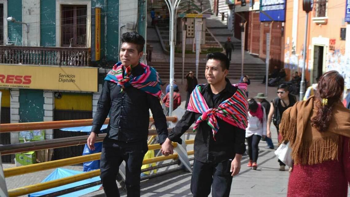 """""""Maricas Bolivia"""", el Orgullo de ser indígena, pobre y maricón en Bolivia"""
