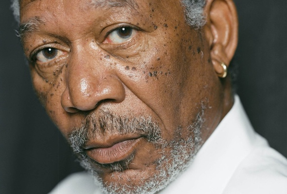 "Morgan Freeman baila ""We Are Family"" en un bar gay de Sidney"